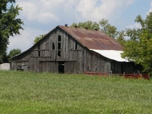 Poosey Ridge Barn